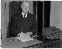 Bob Coyne, self-styled gambling and vice crusader, Los Angeles, circa 1940