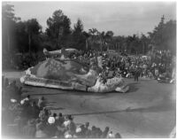 Prize-winning parade float sponsored by Lockheed Aircraft Corporation and the International Association of Machinists appears in Pasadena Tournament of Roses Parade, Pasadena, 1946