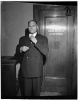 Former Ku Klux Klan official, Clifton E. Snelson, at trial, Los Angeles, 1946