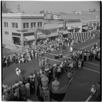 Aerial view of the post-war Labor Day parade, Los Angeles, 1946