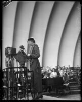 Eleanor Roosevelt delivers a speech at the Hollywood Bowl, Los Angeles, 1935
