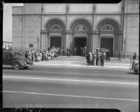Funeral service for George Gershwin at the Temple B'nai B'rith in Los Angeles, 1937