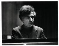 Vladimir Ashkenazy, 1985 [descriptive]