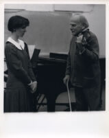 Yehudi Menuhin with violin and a student, 1986 [descriptive]