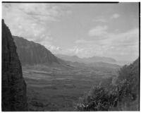 View toward rock formations through canyon, Hawaii, 1928