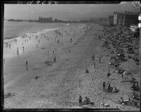 Santa Monica beach, Santa Monica, [1920-1939?]