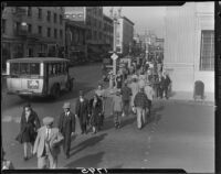 Pedestrians crossing at the intersection of First Street and Pine Avenue, Long Beach, 1929