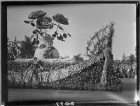 Vase of Flowers float in the Tournament of Roses Parade, Pasadena, 1927