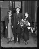 Admiral William Sowden Sims and his wife upon their arrival at the train station, Pasadena, 1933