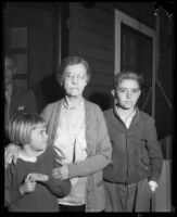 Mary Skeele with 2 [grand?] children, 1933