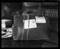 Black leather bag obtained as evidence in Fay Sudow murder case, Los Angeles, 1920