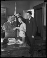 Los Angeles Mayor Frank Shaw and and group from Hotel Greeters of San Francisco, [Los Angeles?], 1935
