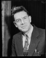 Los Angeles Times columnist Lee Shippey, [1930s?]