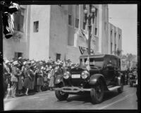 Motorcade of Crown Prince Gustav Adolf and Crown Princess Louise of Sweden at the Central Library, Los Angeles, 1926