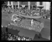 """Egyptian Barge"" float in the Tournament of Roses Parade, Pasadena, 1926"