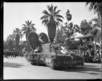 """Queen of Hearts"" float in the Tournament of Roses Parade, Pasadena, 1933"