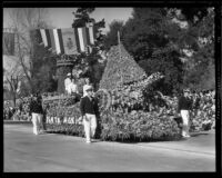 Nautical themed float entered by Santa Monica in the Tournament of Roses Parade, Pasadena, 1933