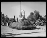 """Lady of the Silver Moon"" float in the Tournament of Roses Parade, Pasadena, 1933"