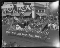 """Fiesta de las Rosa"" float in the Tournament of Roses Parade, Pasadena, 1927"