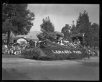 """In My Beautiful Garden of Roses"" float in the Tournament of Roses Parade, Pasadena, 1927"