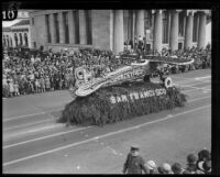 """Monoplane"" float in the Tournament of Roses Parade, Pasadena, 1928"