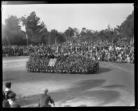 Pasadena Board of Directors in the Tournament of Roses Parade, Pasadena, 1930