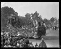"""Discovery of Centinela Springs"" float in the Tournament of Roses Parade, Pasadena, 1930"