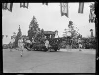 Washington State's colonial coach float in the Tournament of Roses Parade, Pasadena, 1931