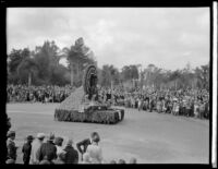 """India"" float in the Tournament of Roses Parade, Pasadena, 1932"