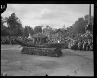 """Venetian Gondola"" float in the Tournament of Roses Parade, Pasadena, 1932"