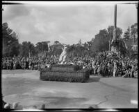 """Nike of Samothrace"" float in the Tournament of Roses Parade, Pasadena, 1932"
