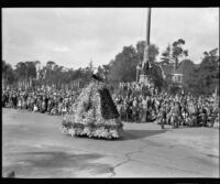 "Camp Fire Girls ""Miss Holland [?]"" float in the Tournament of Roses Parade, Pasadena, 1932"