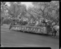 """King of Flowers"" float in the Tournament of Roses Parade, Pasadena, 1933"