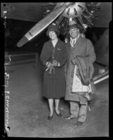 Virginia Sullivan meets with her fiance Lieutenant D. W. Tomlinson, Los Angeles County, 1929
