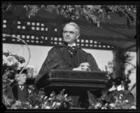 Dr. John Roscoe Turner addressing U. S. C. graduates at Olympic Stadium, Los Angeles, 1932