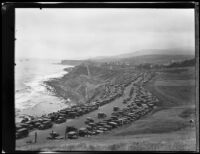 Cars parked between Point Fermin and White Point during a Navy Fleet Parade, San Pedro, 1932