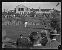 Spectators watching golfers at the Wilshire Country Club, Los Angeles, circa 1927