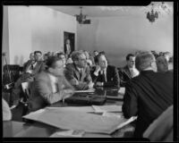 Harold Wolcott and attorney Archie Orme at a hearing, Pasadena, 1933