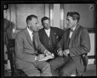 District Attorney Buron Fitts and Detective Lieutenant Ed King question Harry W. Gibboney, Los Angeles, 1925