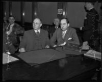Sidney T. Graves and his defense attorney Jerry Giesler in court, Los Angeles, 1933
