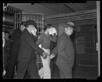 Sidney T. Graves handcuffed, Los Angeles, 1933