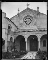 Gunsaulus Hall of the Wilshire Boulevard Congregational Church, Los Angeles, (1926?)
