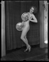 Artists' and Models' Club president Doris Harman posing, Los Angeles, 1933-1939