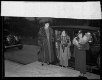 Junior League members attending a meeting, Los Angeles, 1935