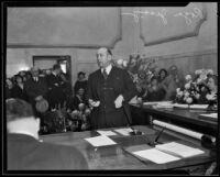 Los Angeles Supervisor Roger W. Jessup addressing a crowd, Los Angeles, 1932-1939