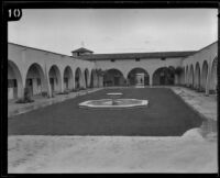 Courtyard of the stable at K. W. Kellogg's horse ranch, Pomona, 1932