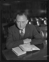 Eugene W. Kent, president of Glendale Protective Association, in court, Glendale, 1935