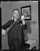 Fritz Kreisler playing the violin, Los Angeles, circa 1930-1939