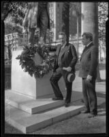 Violinist Fritz Kreisler and sculptor Arnold Foerster at the unveiling of Foerster's statue of Beethoven in Pershing Square, Los Angeles, 1932