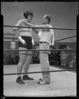 King Levinsky in the ring with Jerry Luvadis, Los Angeles, 1934